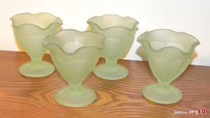 4 vintage lime green frosted glass footed ice cream sherbert desert bowl cups