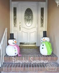 DIY Outdoor Christmas Decorating! - Great ideas \u0026 tutorials! Decorating | CrAfTy 2 ThE CoRe~DIY GaLoRe