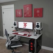 Full Size of Computer Desk:reddit Computer Desktop Setup Hammarp Desk Good  Desks Best Impressive ...