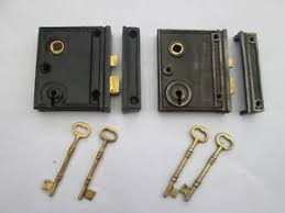 person locking door. Generate Your Home Feels Even More Charming, One Of Which Happens To Be Improvement Utilise This Particular Being A Reference Old Style Door Locks Person Locking