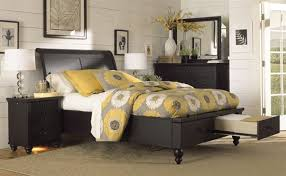Cambridge Black Queen Drawer Bedroom Set By Aspen Furniture