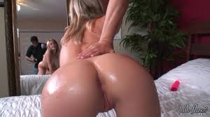 Blonde girl with round ass dildoed from behind Shameless