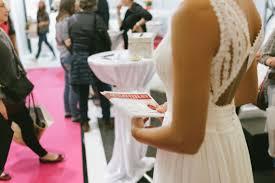Unterwegs Auf Einer Hochzeitsmesse Liebe Und Beziehung Jetzt De