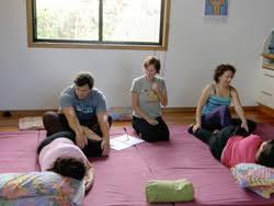 Обучение профессиональному массажу с дипломом и трудоустройством в  Фото обучение массажу с выдачей диплома и трудоустройством