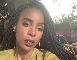 kelly rowland admits she s tired of
