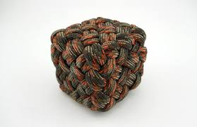 How To Make A Paracord Cube