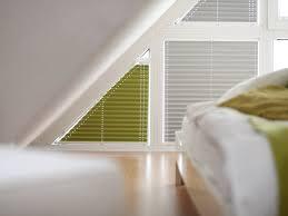 Sonnenschutz Für Giebelfenster Rollomeisterde