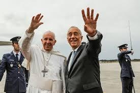 Resultado de imagem para fotos ou imagens do Papa em Fátima