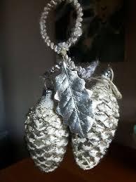 Sehr Alter Christbaumschmuck 2 Zapfen Silberschneedraht