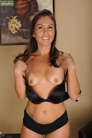 Nude middle age brunette amatuers