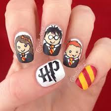 Gợi ý Sơn Móng Tay Theo Phong Cách Harry Potter