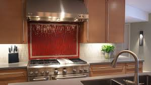 Xenon task lighting under cabinet Ideas Stove And Countertop With Under Cabinet Lighting The Family Handyman Should Install Halogen Or Xenon Kitchen Lighting Angies List