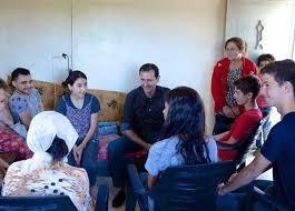 بشار الأسد وعائلته يزورون مصابي الجيش السوري بريف حماة (صور وفيديو) |  المصري اليوم