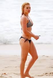 Margot Robbie bikini Pinterest Margot robbie