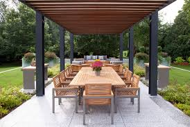 Image-5-5 Modern Pergola Ideas To Add To Your House Design
