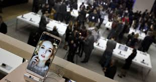 Can smartphones get exciting again? Look to voice, AR, 5G, cool ...