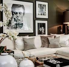 White couch living room ideas Chairs Best 20 White Sofa Decor Ideas On Pinterest Modern Decor Gorgeous Living Room With White Sofa Mulestablenet Style White Sofa How To Decorate White Couch Elegant Living Room