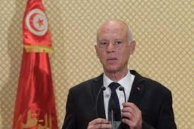 سعيّد لماكرون: تونس لن تكون جبهة خلفية لأي طرف