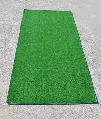 Amazon.com: Artificial Grass Mat 6' x 3': Kitchen & Dining