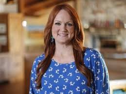 food network hosts. Interesting Hosts Ree Drummond With Food Network Hosts
