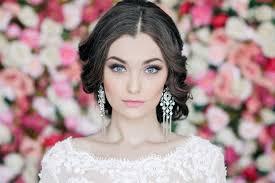 Nevíce Trendy Svatební účesy Letošního Roku Drdoly A Zapletené Vlasy