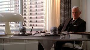 roger sterling office. Roger Sterling\u0027s Office Is Decked Out With A White, Mushroom-shaped Table Lamp And Sterling Y