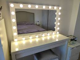 Vanity table lighting Lighted Mirror Double Makeup Vanity Bedroom Vanity Table Vanity Table Lighting Ideas Modern Makeup Vanity Table Vanity Table With Outlets Myriadlitcom Bathroom Double Makeup Vanity Bedroom Vanity Table Vanity Table