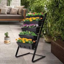 levels raised garden bed