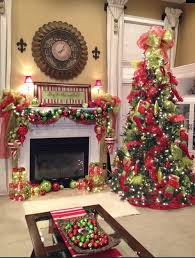 Tree Mantel Christmas Fireplaces Decoration Ideas | For the Home ...