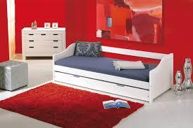 Letto con secondo letto inferiore ad estrazione.