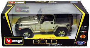 jeep wrangler sahara khaki bburago 12016 1 18 scale cast model toy car
