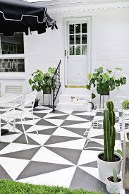 patio floor. DIY Painted Patio Tile Floor