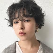 面長を小顔に見せるヘアアレンジ30選絶対押さえたい法則を髪の長さ別に