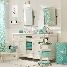 Bathroom: Likeable Best 25 Teen Bathroom Decor Ideas On Pinterest Teenage  from Teenage Bathroom Decor