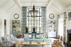 Interior decorator atlanta family room Allison Allen Knew Right Away When Saw The Cozy Family Room That It Had To Be Designed By Phoebe Howard One Of My Alltime Favorite Designers Little Black Dress Little Red Wagon Magazine Atlanta Homes Lifestyles 2017 Southeastern Designer Showhouse