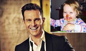 David Campbell's cute pic of his daughter sparked serious health concerns -  Kidspot