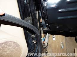 front door sealVolkswagen Jetta MkIV Front Door Seal Replacement 19992005