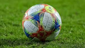 Fußballinteressierte sowie entscheidungsträger aus wirtschaft und sport. Corona Krise Auswirkungen Auf Den Fussball Dfb Deutscher Fussball Bund E V