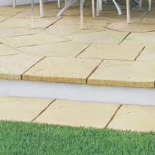 patio slab sets: stonemarket yorkstone nextpave radius paving york buff circles and corner kits