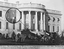 abraham lincoln ghost caught on tape. editorial reviews abraham lincoln ghost caught on tape