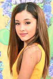 for nickelodeon s 2016 kids choice awards ariana let her hair down creating a natural headband