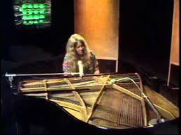 <b>Sandy Denny - The</b> North Star Grassman And The Ravens - YouTube