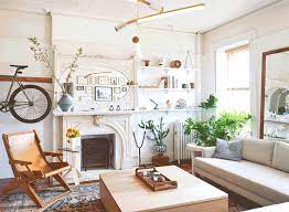 15 Small Space Tricks We Re Stealing From Real Tiny Apartments Architectural Digest
