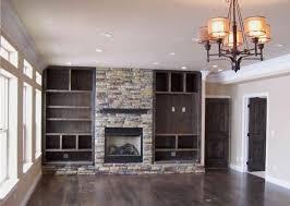 Fireplace + shelves (http://coloradospringsvintagehomes.com/2009/03/