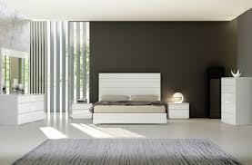 White modern platform bed Headboard Sobe Furniture Michelangelo Modern Platform Bed Contemporary Beds