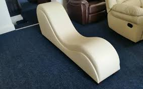 brand new tantra chair available in black white