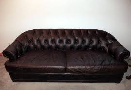 how much does it cost to clean a leather couch