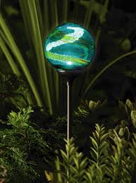 Outdoor Garden Lighting  Solar Powered Garden Globe By Murano Is Solar Powered Patio Lights