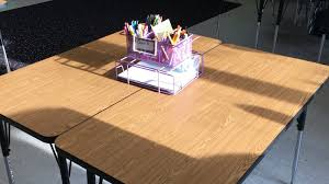 what are the pros and cons of student tables instead of desks
