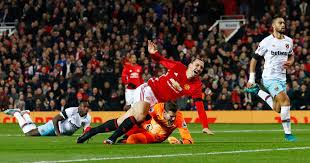 Saïd benrahma (west ham united) right footed shot from outside the box is saved in the centre of the goal. Manchester United 4 1 West Ham Live Score And Goal Updates From Efl Cup Clash At Old Trafford Mirror Online
